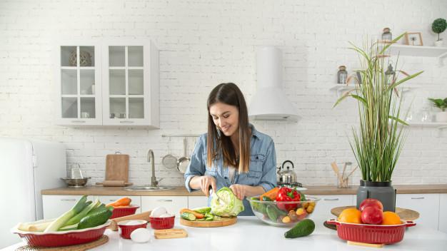 نکات تغذیه سالم و رژیم غذایی برای خانم ها