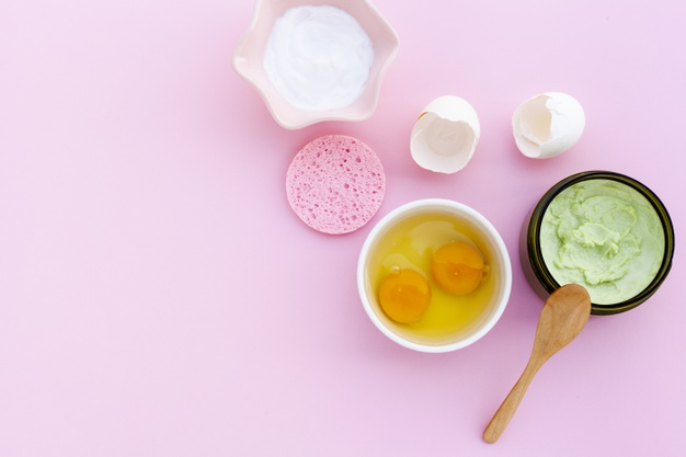 نحوه استفاده از تخم مرغ برای پوست و موهای زیبا