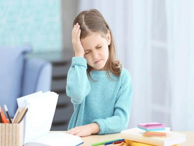 کنترل میگرن کودکان دختر | سیوطب